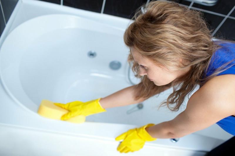 Чем отмыть ванну до бела от въевшейся грязи в домашних условиях?
