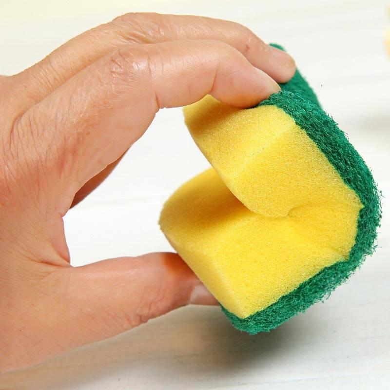 Губка для мытья посуды: из чего делается, как подобрать и можно ли сделать своими руками