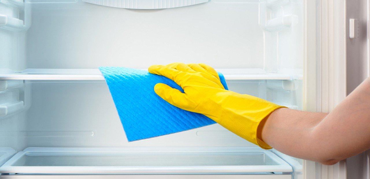 Чем помыть холодильник: внутри и снаружи, народные и специальные средства