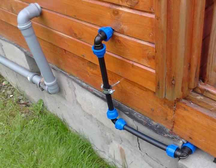 Делаем водоснабжение на даче своими руками - расчет основных параметров системы и самостоятельное создание водопровода