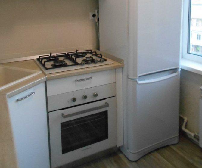 Можно ли ставить холодильник рядом с газовой плитой