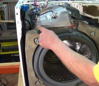 Стиральная машина самсунг не набирает воду: причины