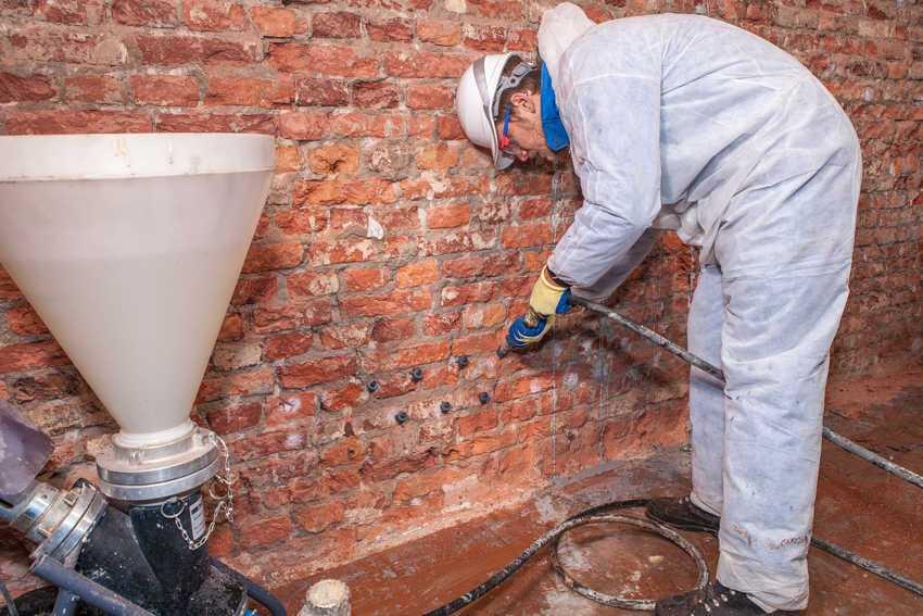 Инъектирование бетона: заделка трещин, технология использования и выбор инъектора