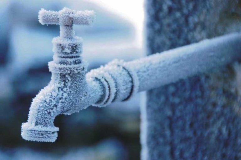 Как отогреть замерзший водопровод: все проверенные способы