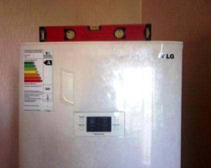Причины гудения, шума и дребезжания холодильника и способы их устранения
