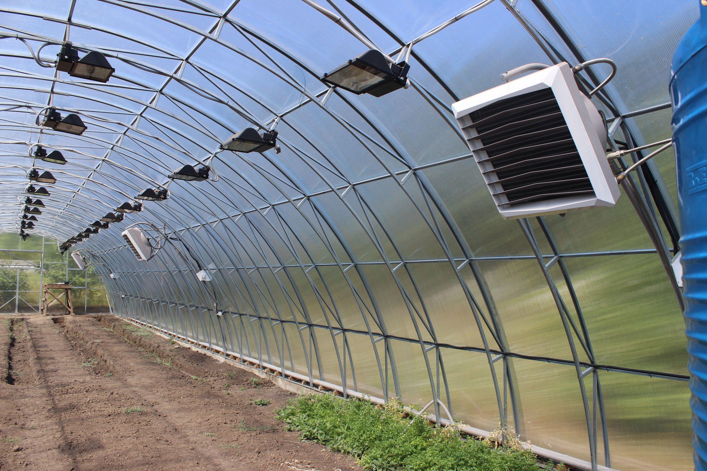 Отопление теплицы из поликарбоната зимой: фото и видео