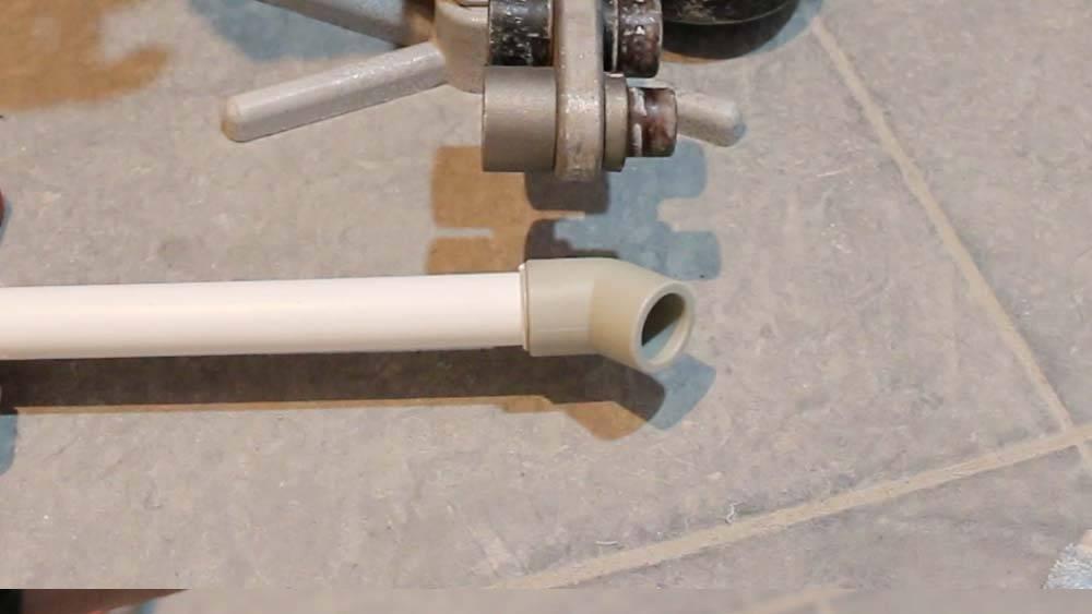 Соединение полипропиленовых труб: способы и порядок работы