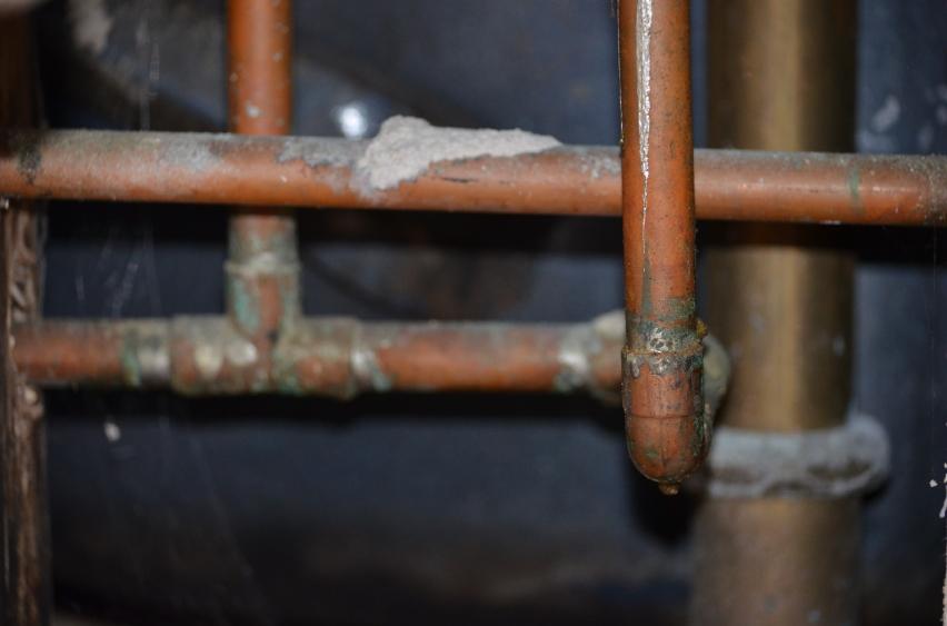 Почему гудят водопроводные трубы? Четыре возможных неисправности и их устранение