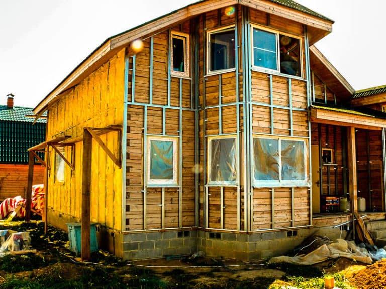 Чем обшить дом снаружи: полезные советы по выбору материалов