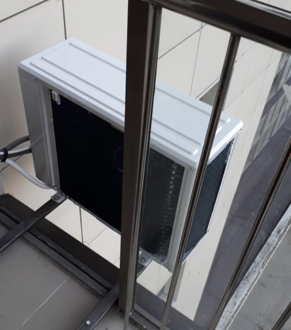 Установка кондиционера на балконе с остеклением своими руками