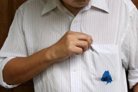Как вывести пятно от шариковой ручки с одежды в домашних условиях
