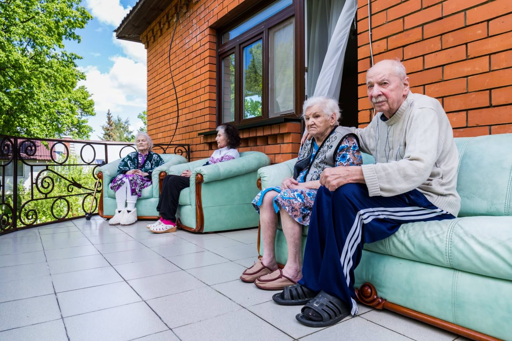 Дома для престарелых и инвалидов: какой выбрать — частный или государственный дом-интернат?