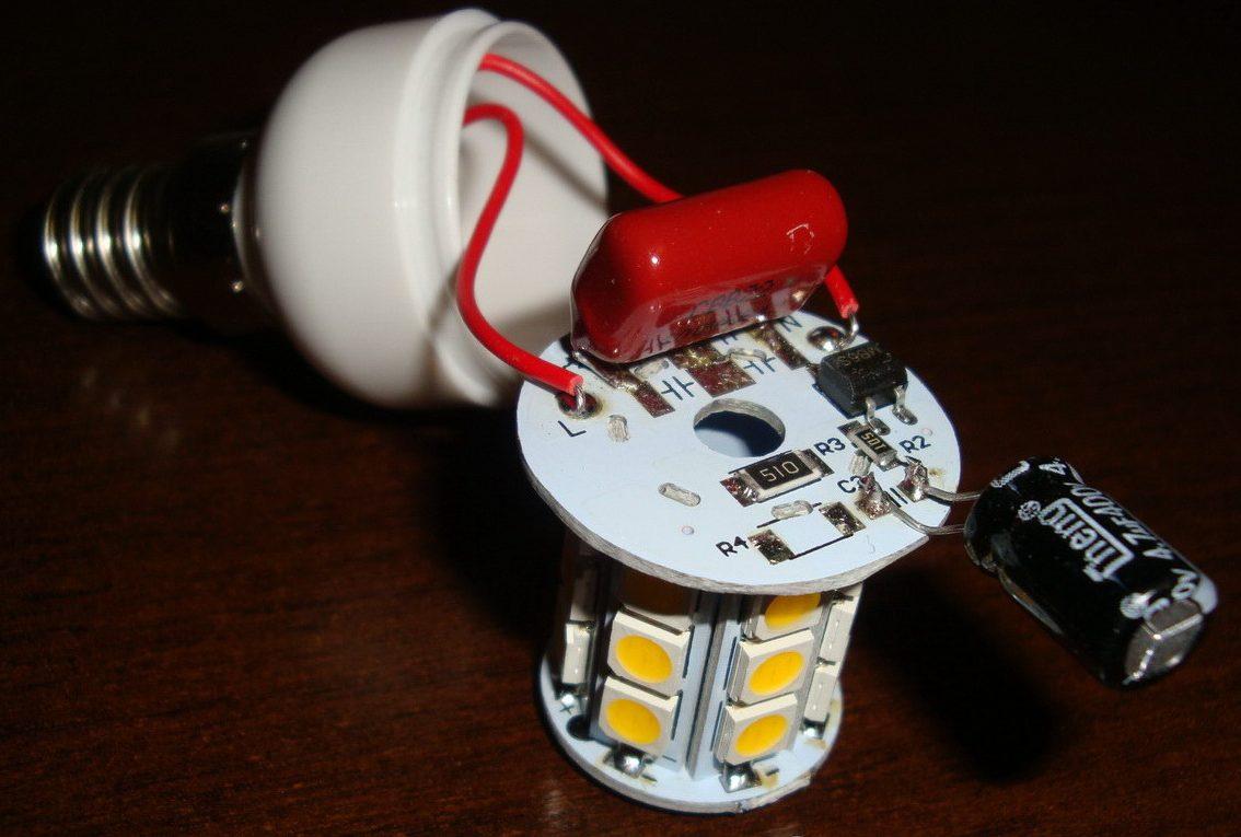 Моргает светодиодная лампа