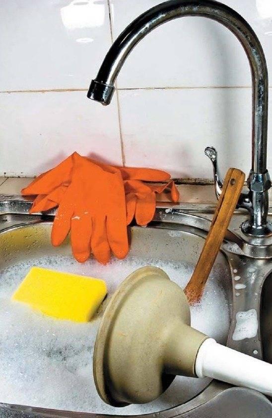 Устраняем засор и чистим канализационные трубы