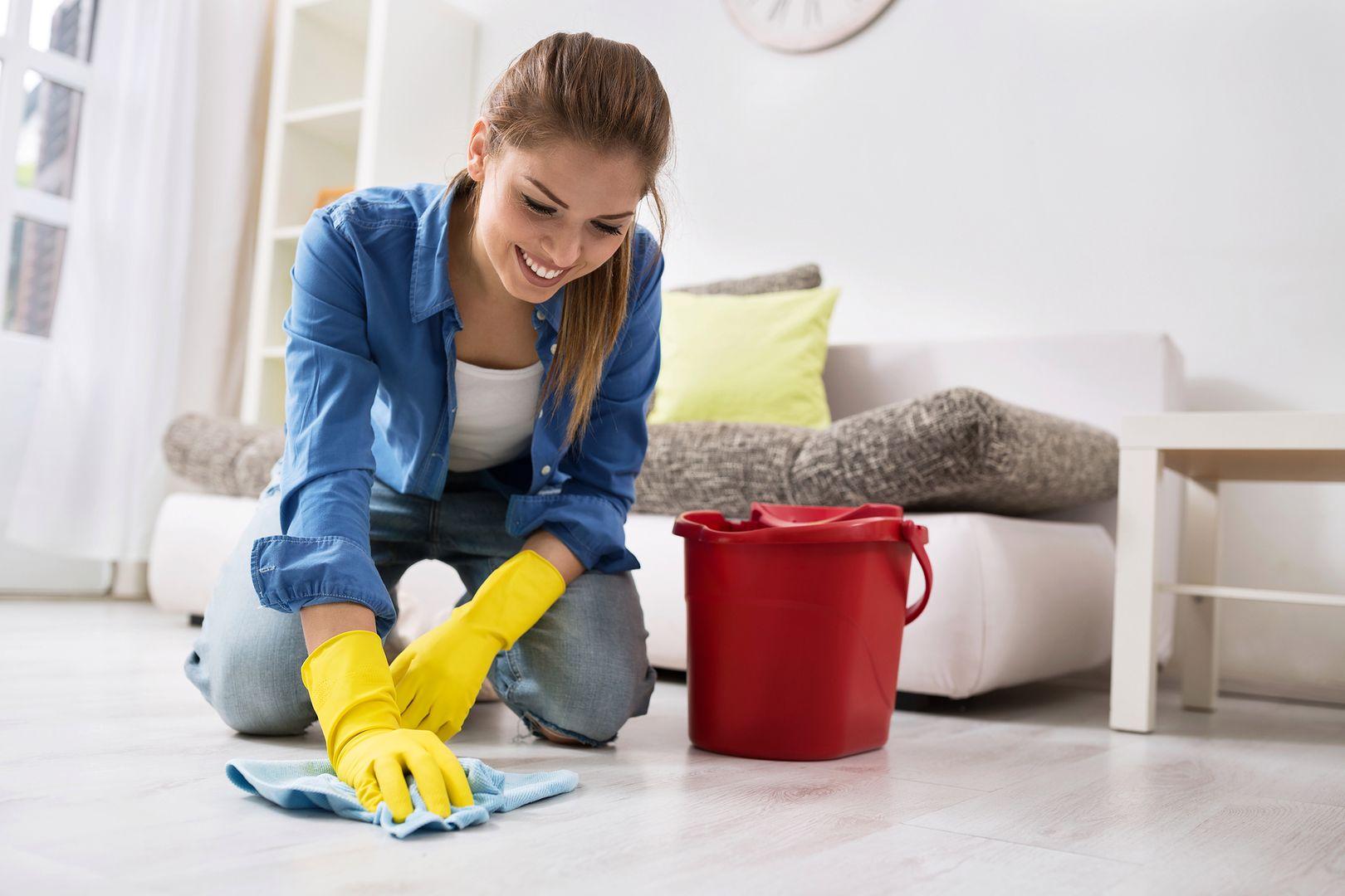 Исправьте ошибки, допускаемые при уборке квартиры