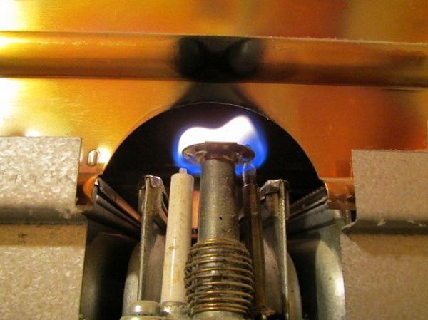 Не зажигается газовая колонка - причины и решения
