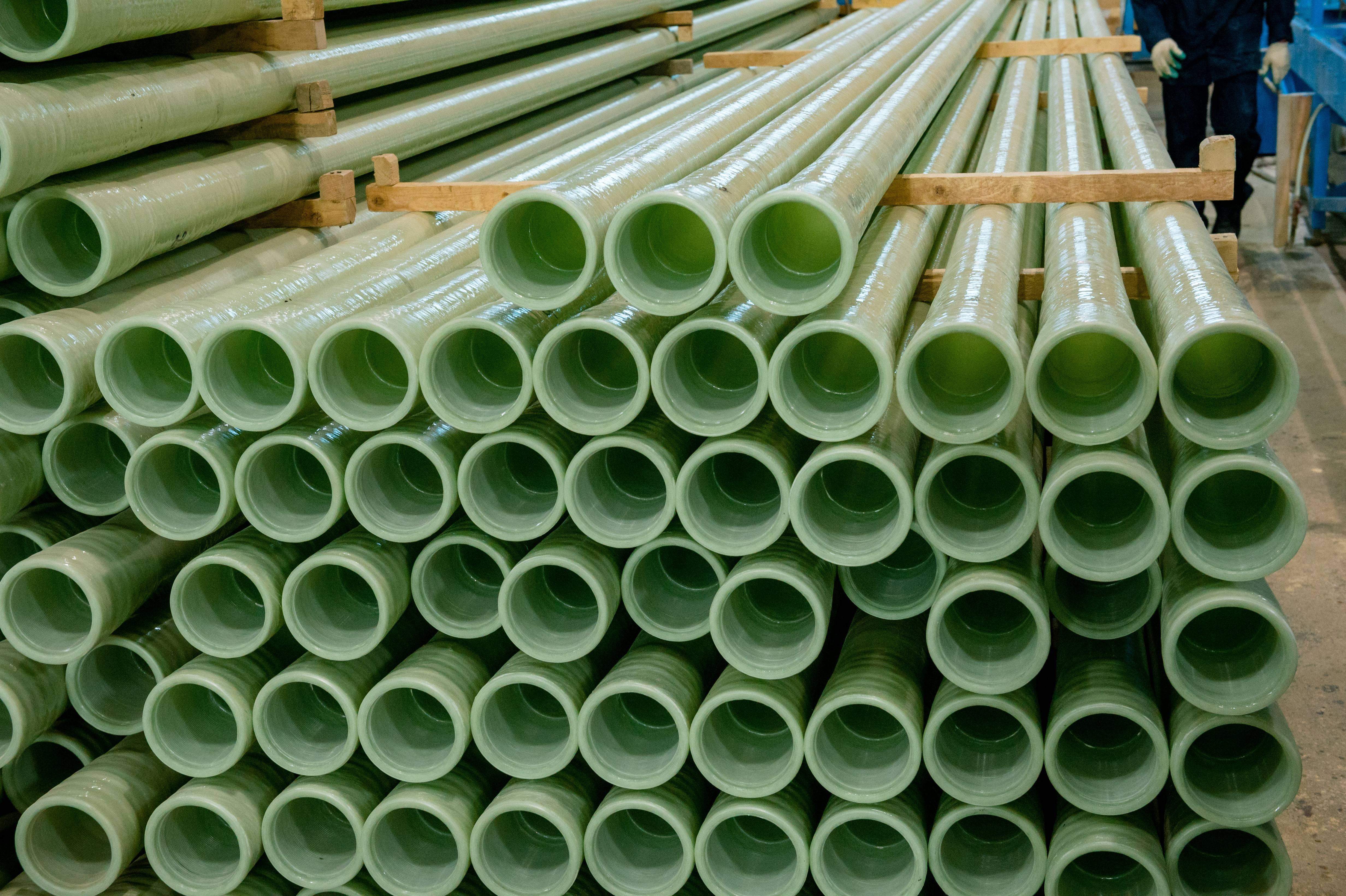 Все о стеклопластиковых трубах — виды, размеры и диаметры, кому нужны и как выбрать + особенности монтажа