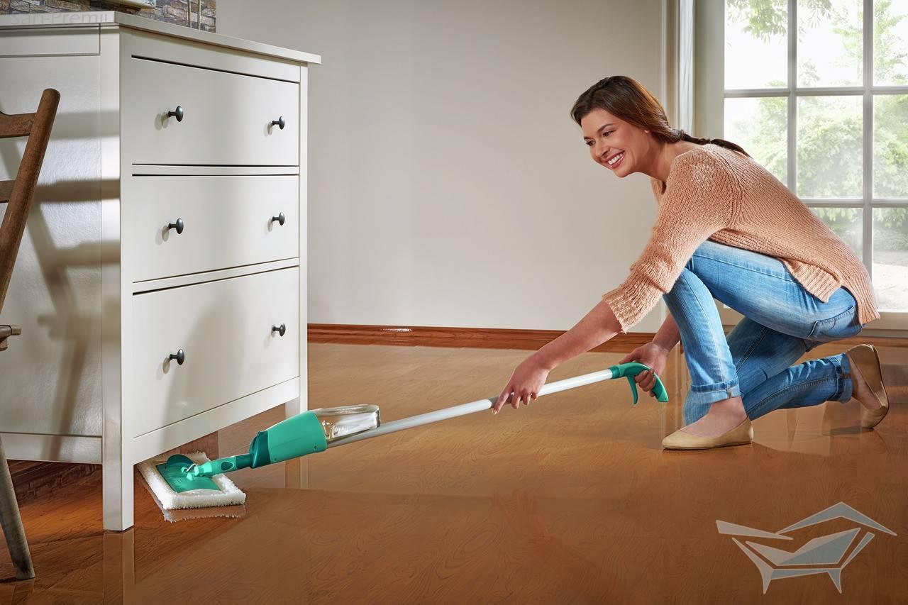 Как часто нужно пылесосить и мыть полы в квартире в разных комнатах