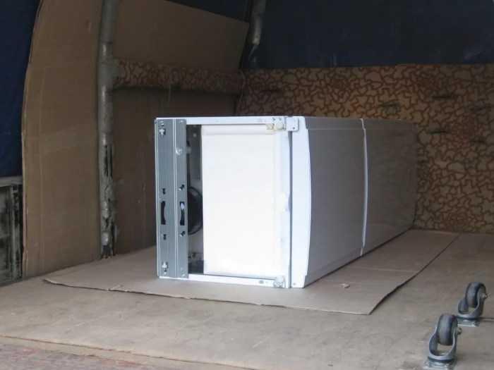 Когда после перевозки можно включить холодильник: правила после транспортировки