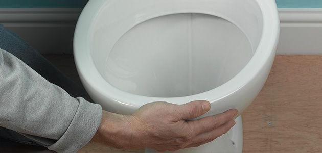 Что делать, если течет стык унитаза - герметизация своими руками