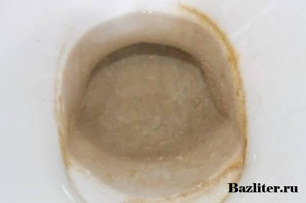 Очистка унитаз от ржавчины, мочевого камня и известкового налета