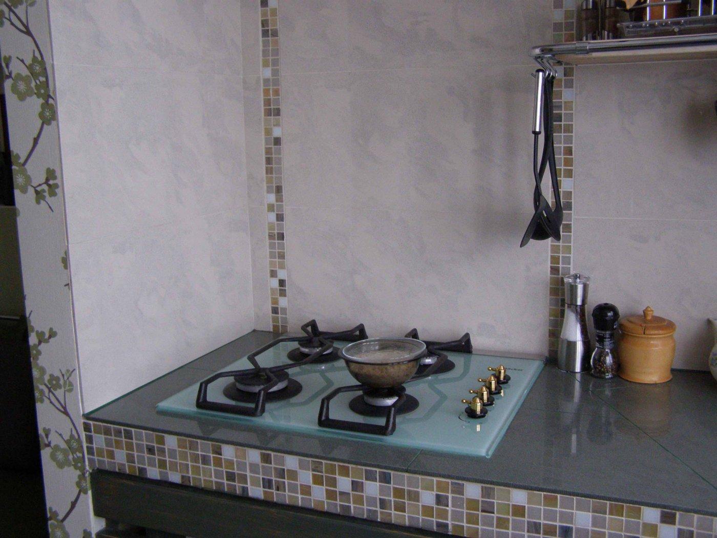 Как выбрать экран для газовой плиты?