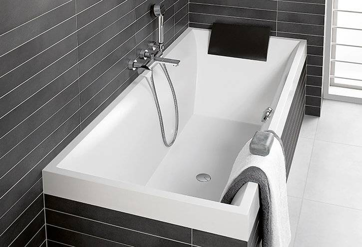 Выбор ванны: возможные формы и размеры, ванны из различных материалов, цвет ванны и дополнительная оснастка