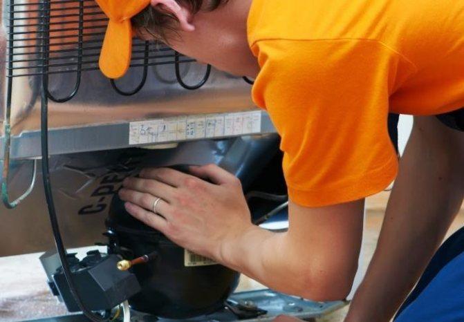 Ремонт холодильника indesit: неисправности и починка + что делать если агрегат не работает и не морозит
