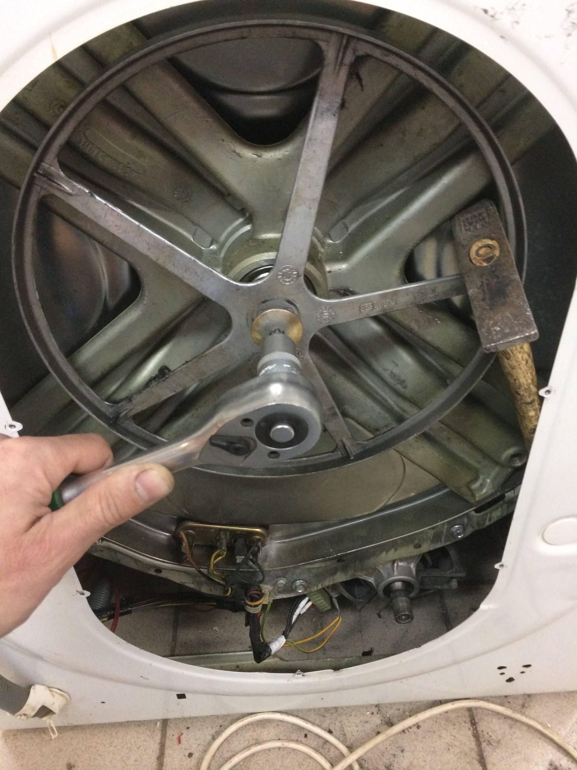 Замена подшипника на стиральной машине indesit своими руками: видео