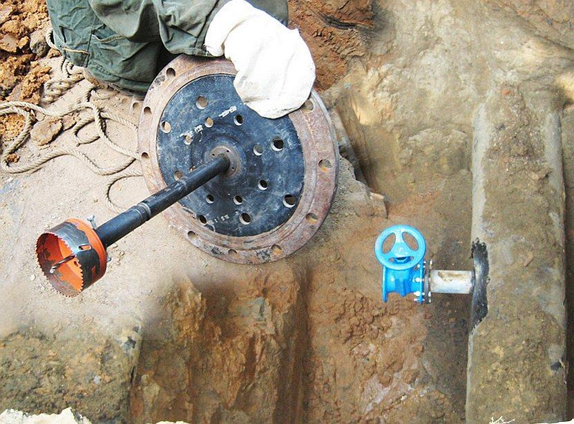 Врезка под давлением в водопровод: технология выполнения и средняя стоимость работ