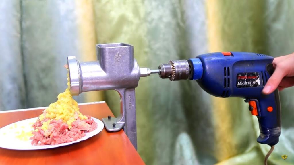 10 насадок, превращающих шуруповерт или дрель в многофункциональное устройство
