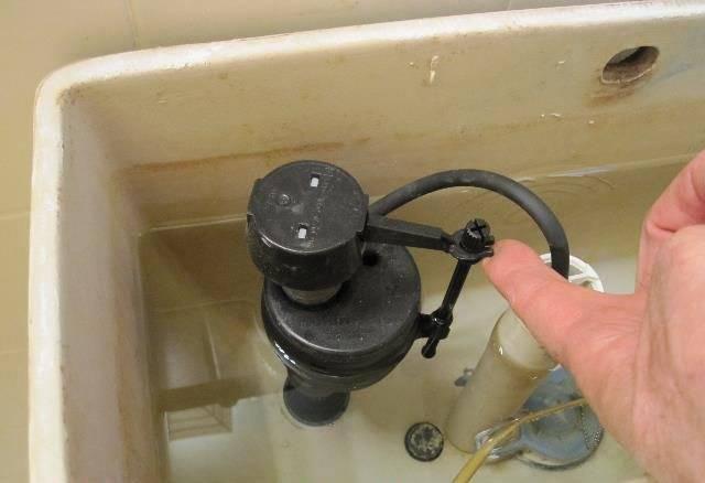 Как правильно отрегулировать поплавок для унитаза: 3 особенности пошаговой инструкции