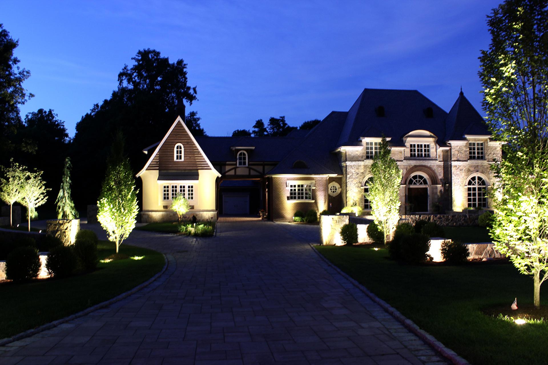 Декоративное освещение загородного дома внутри и снаружи, виды + фото