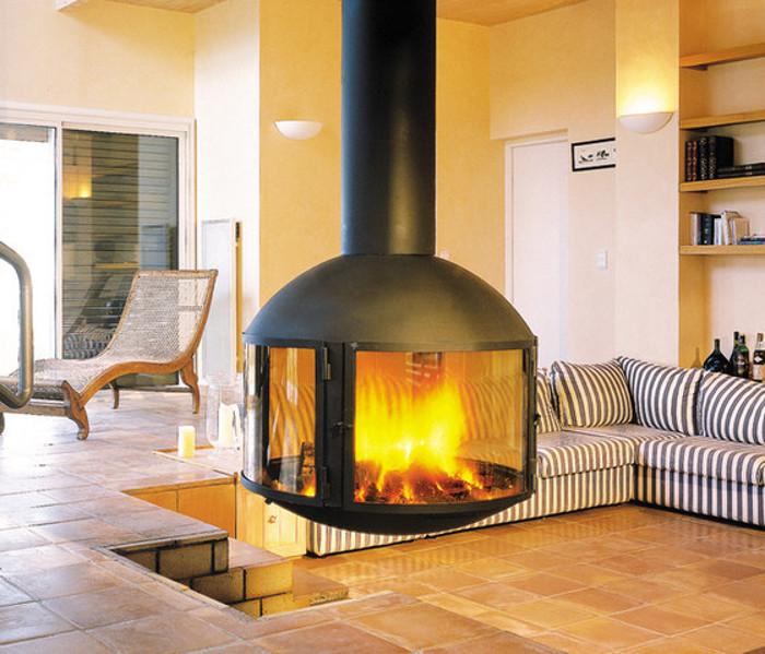 Металлический камин (43 фото): дровяные печи из металла для дома своими руками, чертежи конструкций и их расположение