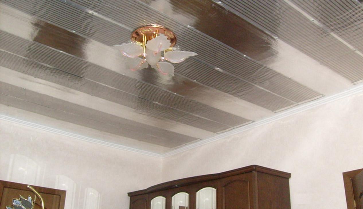 Установка инфракрасного обогревателя на потолок