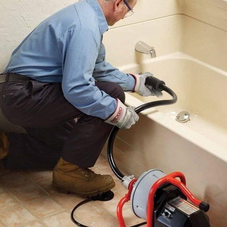 Как избавиться от запаха в трубах – устраняем причины неприятного запаха канализации
