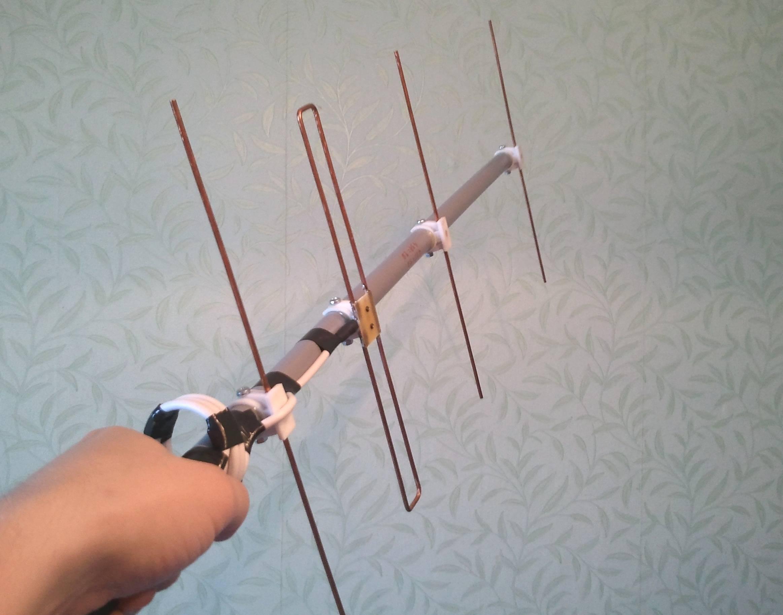 Как сделать тв антенну своими руками - пошаговое описание как и из чего изготовить антенну для цифрового и аналогового тв (видео + 85 фото)