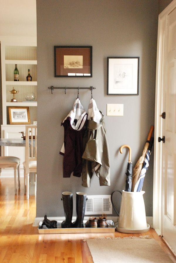 Угловая прихожая – необычный вариант оформления интерьера вашего дома