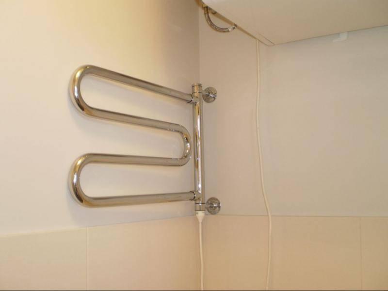 Перенос полотенцесушителя на другую стену в ванной: монтажный инструктаж