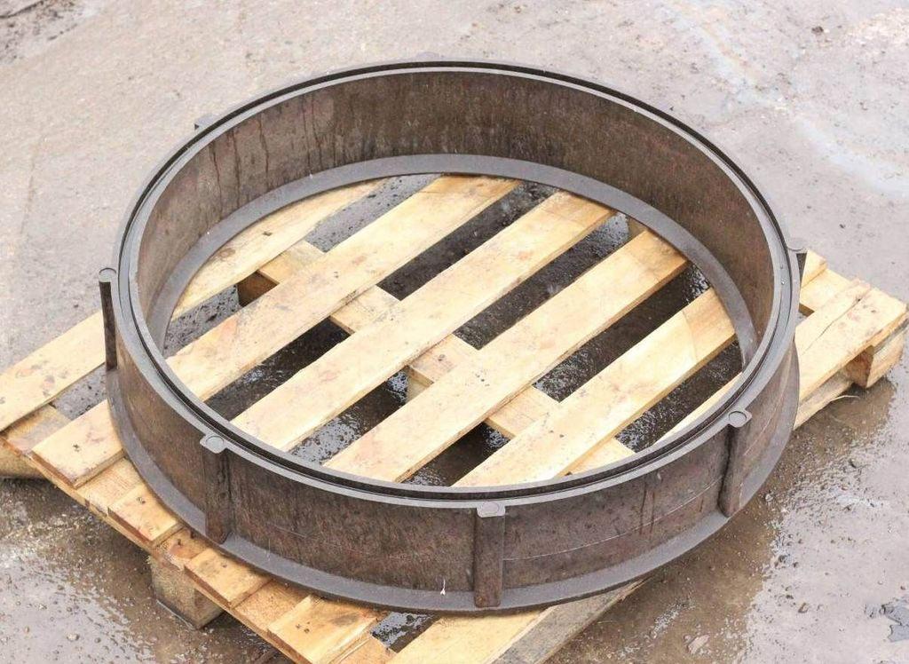 Полимерпесчаный колодец: сборные кольца, люк, дно, сборка, монтаж