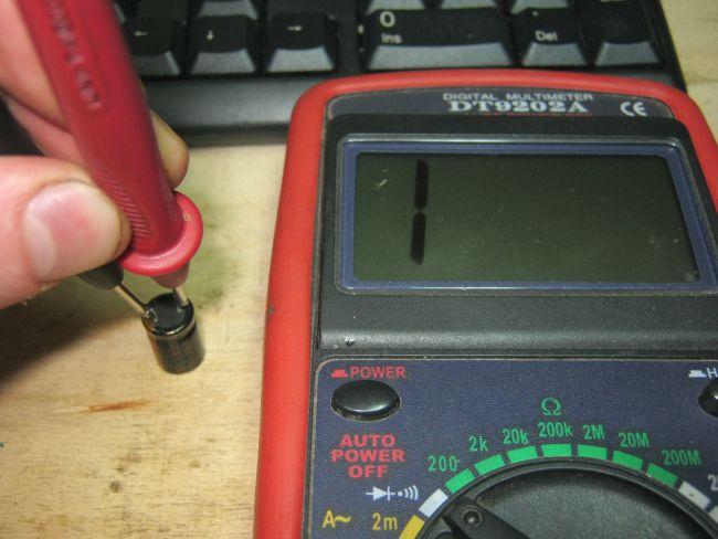 Как проверить конденсатор мультиметром, как определить его неисправность