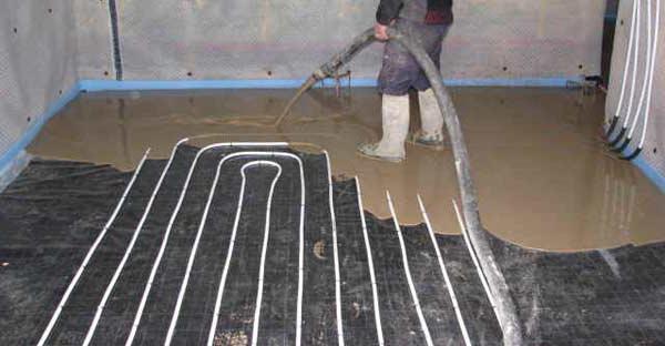 Чем залить теплый водяной пол