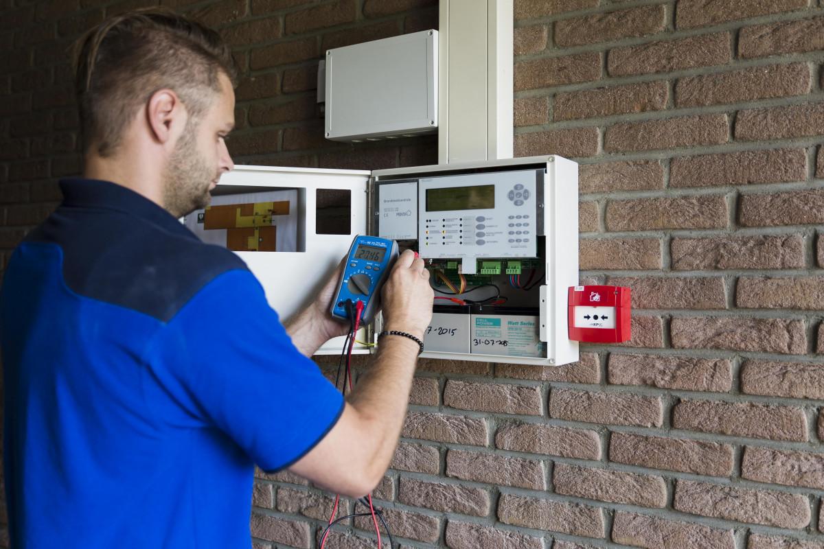 Пожарная сигнализация своими руками: монтаж, проект, установка датчиков, нормы