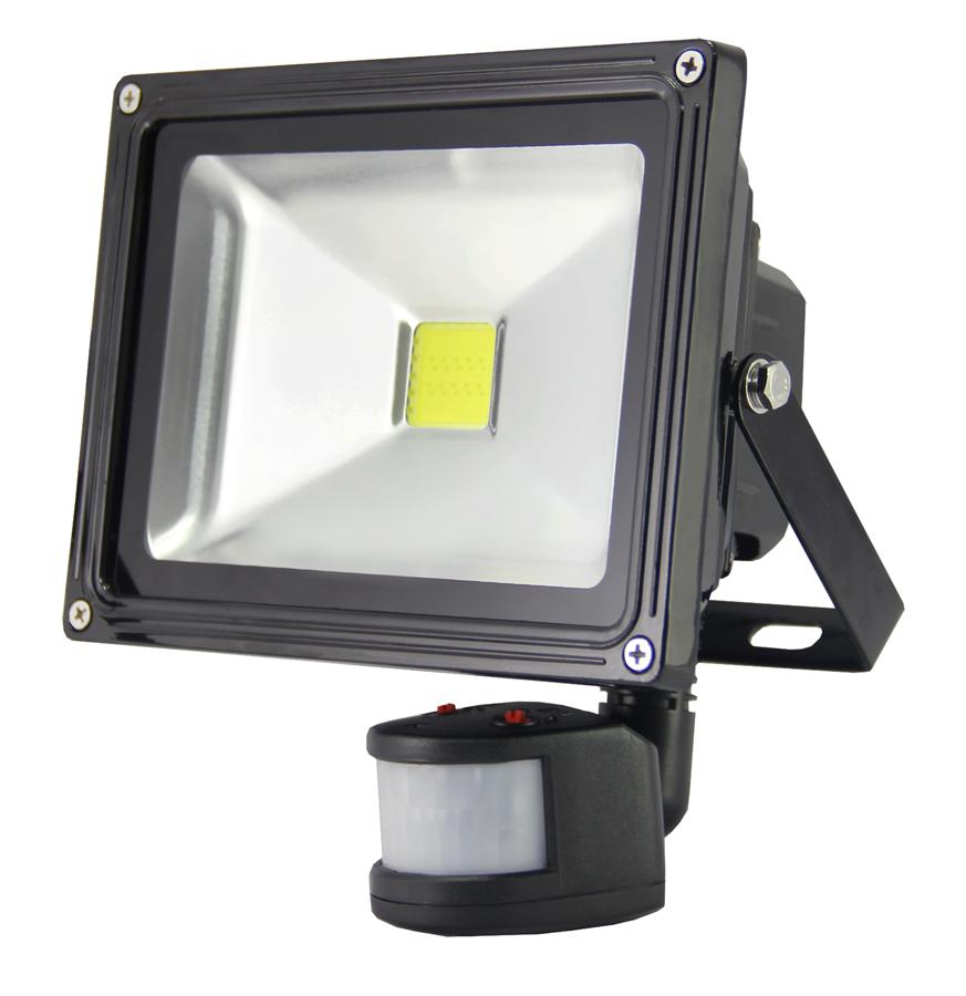 Светодиодные аккумуляторные прожекторы: лучшие модели и их особенности