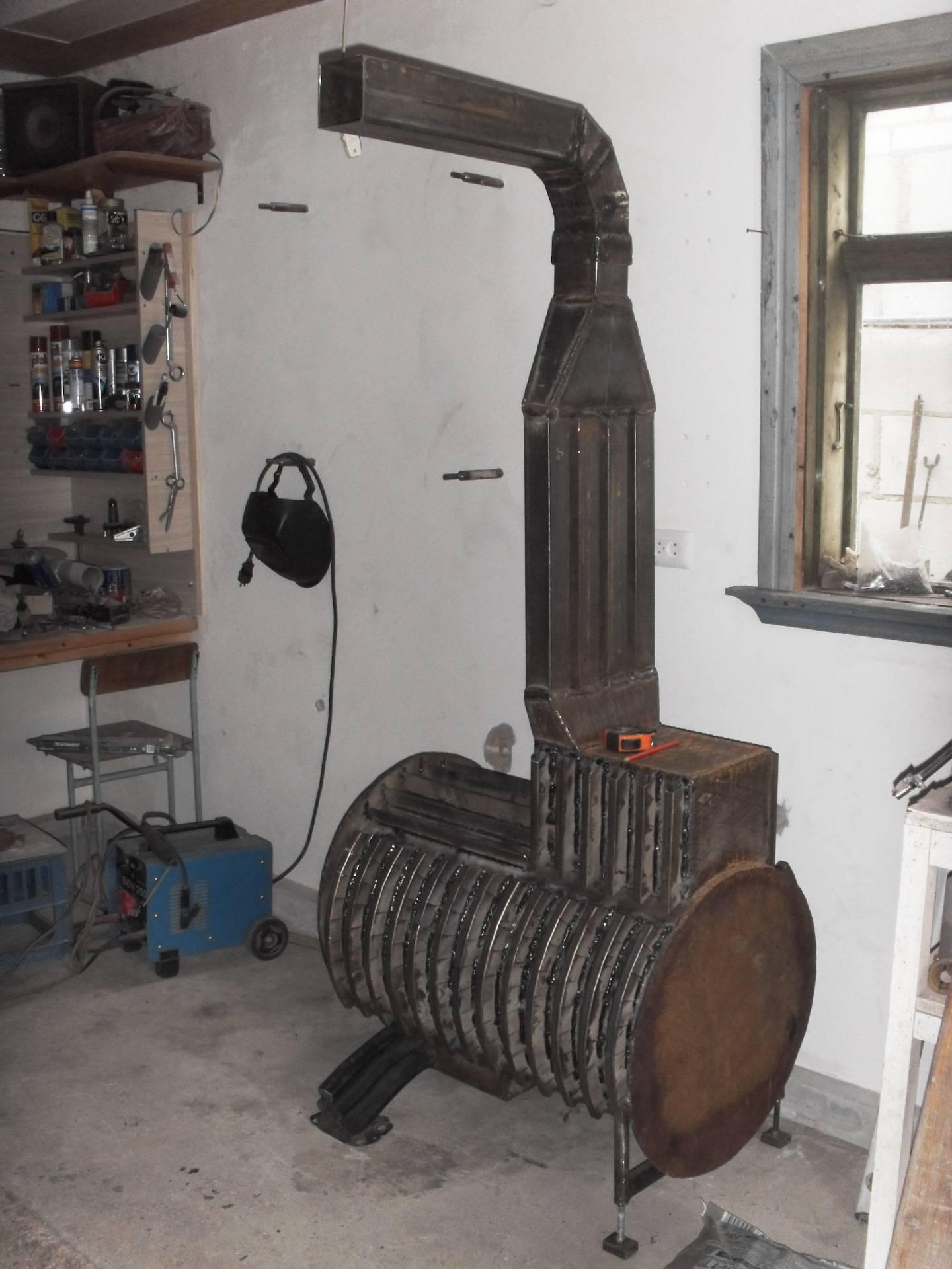 Печь для гаража своими руками из металла: как правильно сделать, как сварить, чертежи моделей длительного горения, фото и видео