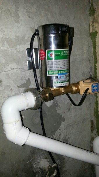 Не греют трубы, а вода из крана едва бежит? исправит ситуацию насос для поднятия давления в системе отопления