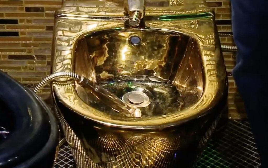 Бари алибасов показал золотые унитазы в своей новой квартире -