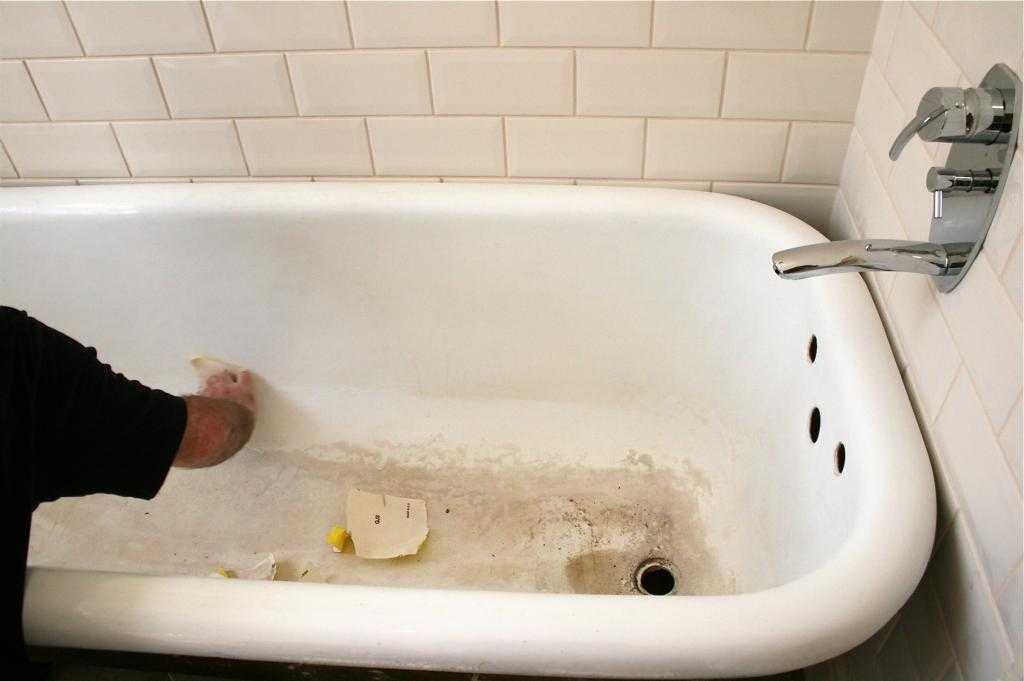 Как в домашних условиях почистить ванну: обзор народных средств