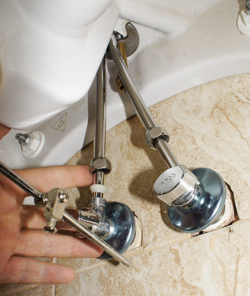 5 шагов монтажа смесителя на кухне своими руками