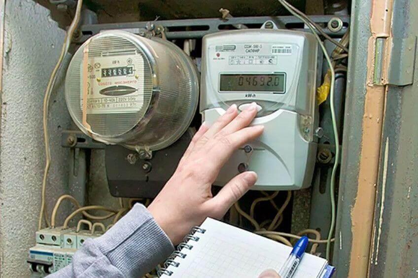 Замена электросчётчика в квартире: сколько стоит, за чей счет, порядок проведения